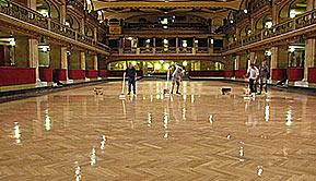 运动木地板翻新保养