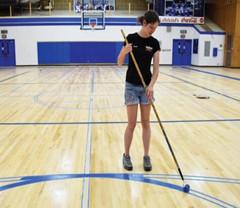 体育木地板养护