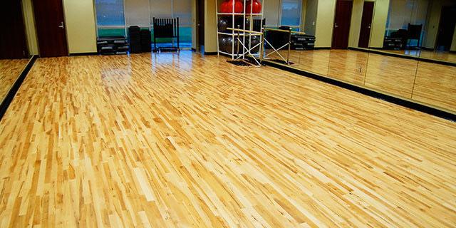 舞台专用木地板,舞台木地板厂家,舞台木地板摩擦系数