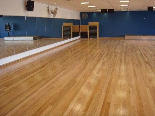 舞蹈室专用木地板,舞台地板,舞蹈室木地板,运动木地板
