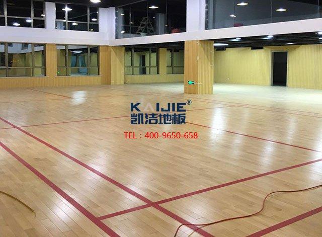 室内篮球馆专用体育木地板安装——凯洁体育木地板