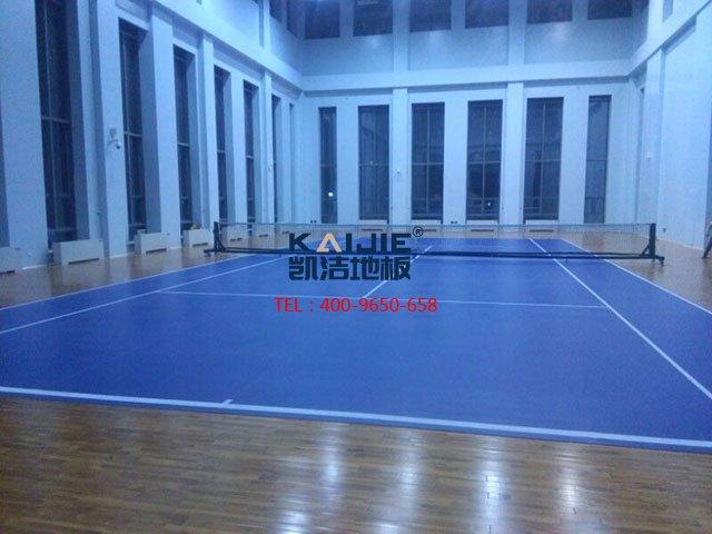 专业羽毛球馆体育木地板起鼓原因——凯洁体育木地板