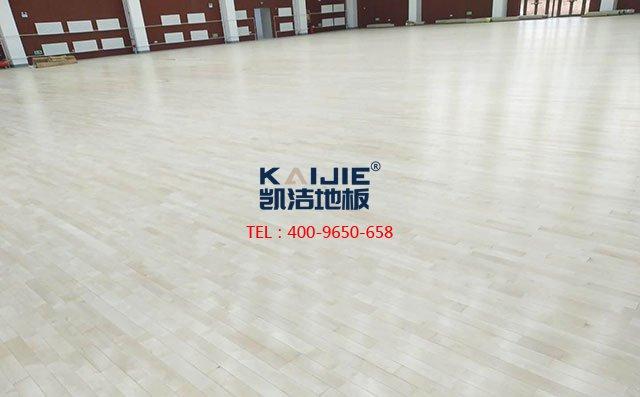 专业篮球馆js33333怎么翻新?篮球js33333翻新多少钱——js33333金沙线路地板