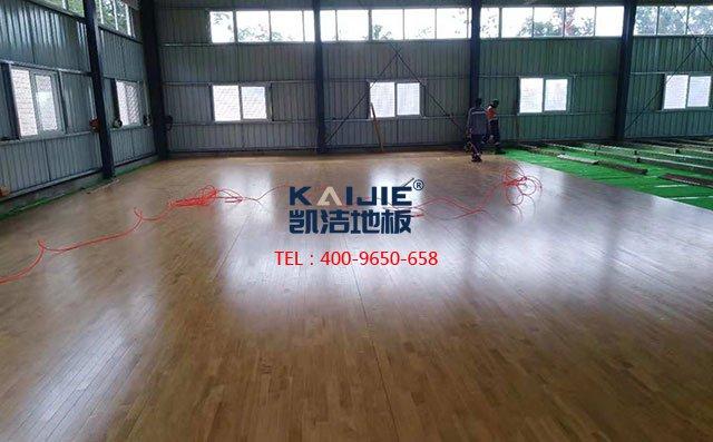 篮球场木地板翻新要避免这些误区——凯洁地板