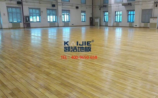 室内篮球场实木地板哪家好——体育运动地板