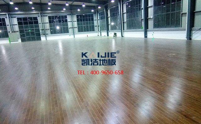 常犯的运动木地板错误安装情况——室内篮球场木地板