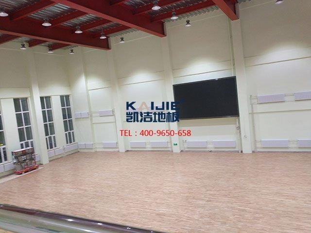 体育馆运动木地板施工条件是什么——篮球馆木地板厂家