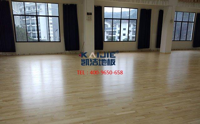 体育地板厂家如何保障实木运动地板质量——篮球场木地板