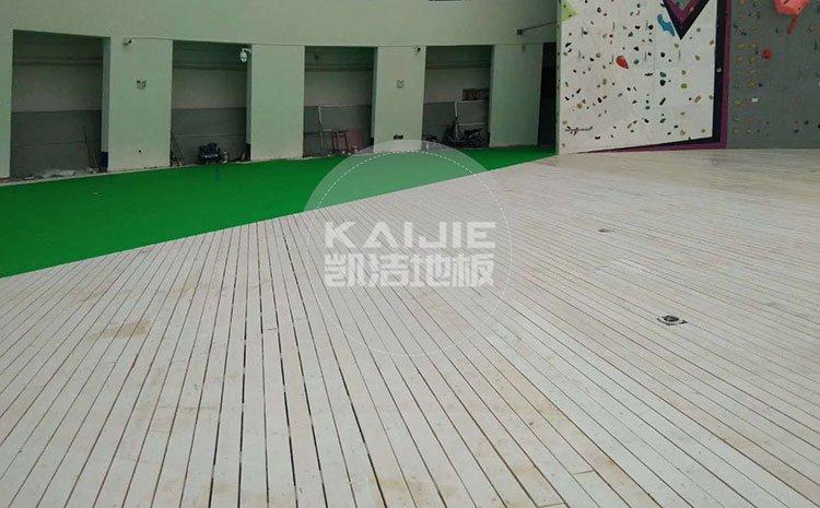 室内体育场木地板多少钱一平方——凯洁地板