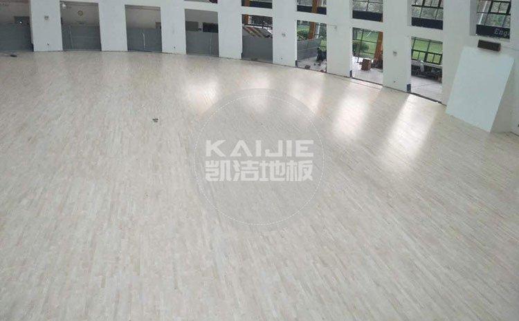 室内体育场木地板多少钱一平方——体育馆木地板厂家