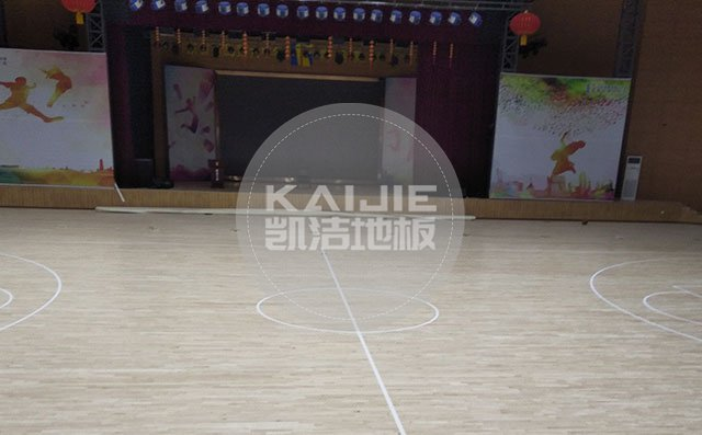 体育馆运动木地板哪个牌子好一点——篮球场木地板厂家