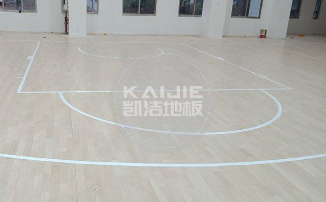 体育馆实木运动地板选购怎么观察——篮球场木地板