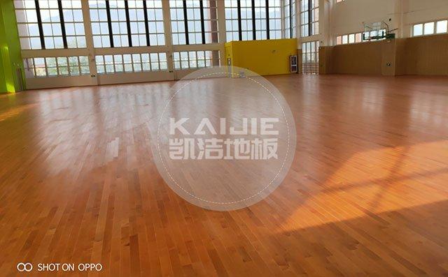 运动木地板保养技巧小窍门——体育馆木地板保养