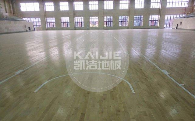 多雨季节体育馆该怎么防水防潮——凯洁地板厂家