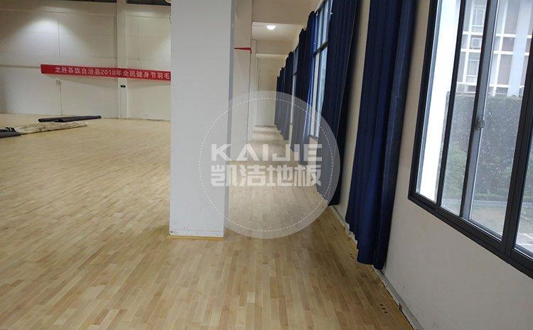 体育馆木地板厂家那么多该怎么选——篮球地板品牌
