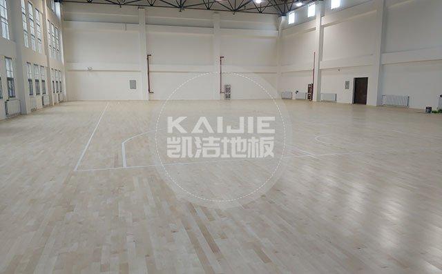 体育场馆木地板主要使用哪些材料——运动木地板厂家