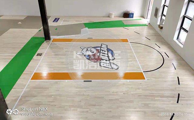 篮球场实木地板哪个品牌好——凯洁地板