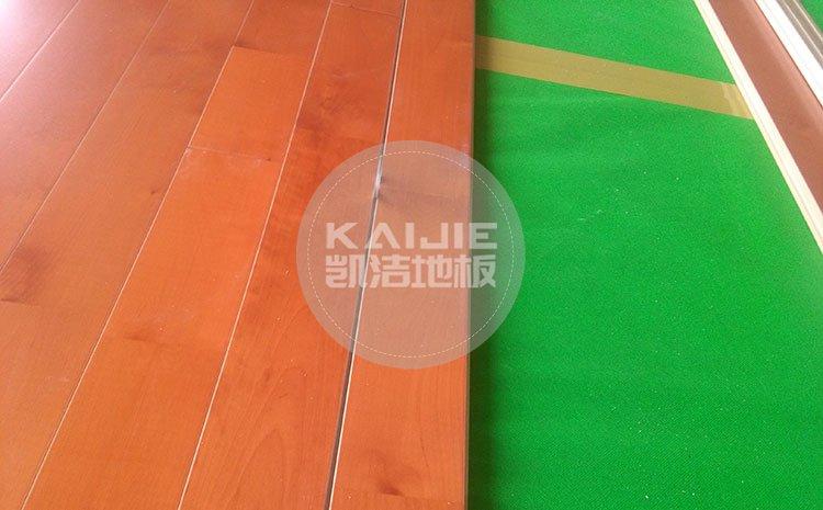 体育馆运动木地板使用什么材质好——体育地板厂家