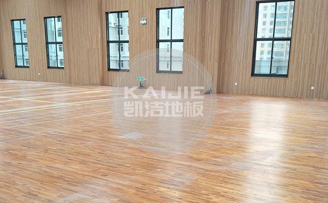 体育场馆木地板怎么进行定期维护——运动木地板