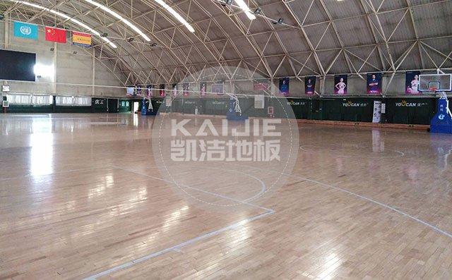 运动木地板对体育场馆的重要性——篮球地板厂家