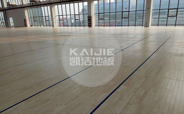 南阳枫木运动地板价格多少钱一平米——凯洁地板