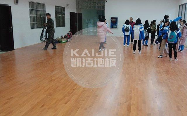 深圳健身房实木运动地板保养有什么技巧——体育运动地板厂家