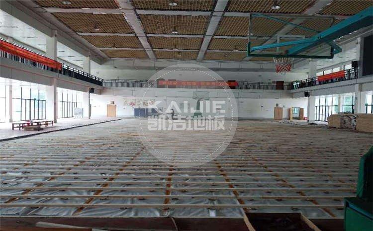 广西来宾市高级中学篮球馆