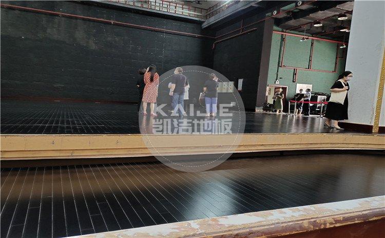 民族文化宫舞台木地板案例