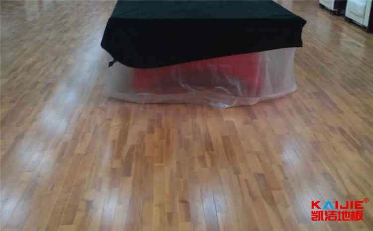 企口舞蹈室木地板打磨翻新