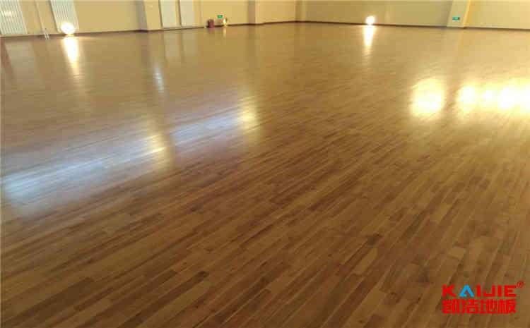 西藏运动木地板品牌——凯洁地板