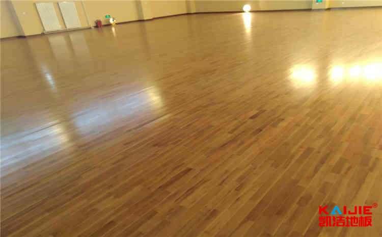 壁球木地板怎么分类——实木运动地板