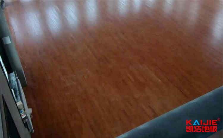 硬木企口篮球场地板怎么维护