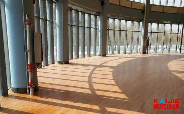 广西枫木体育地板怎么安装