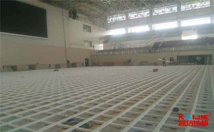 舞台木地板常用什么材质——凯洁地板