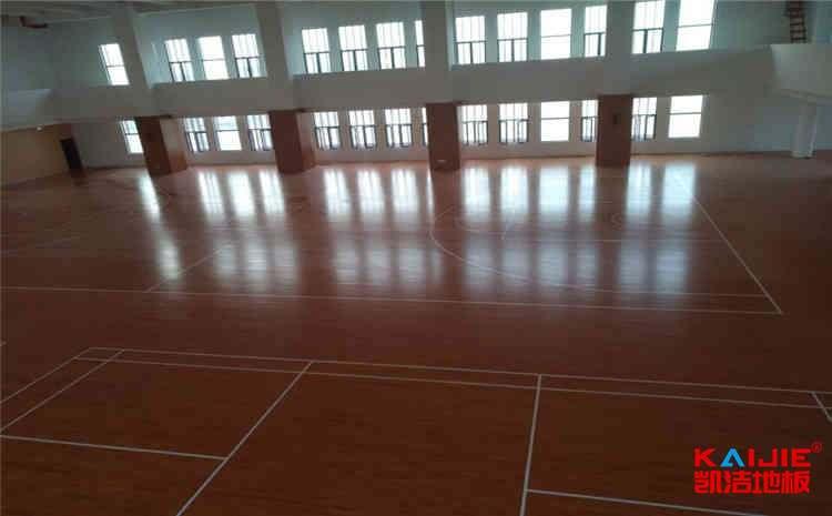 专业篮球场木地板日常怎么维护