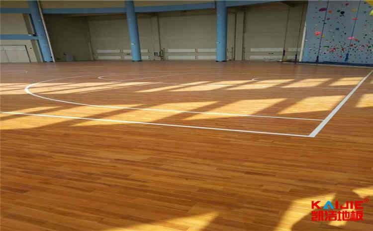 哪里有体育实木地板