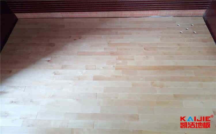 体育馆木地板材质