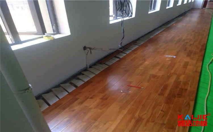 室内篮球木地板厂家
