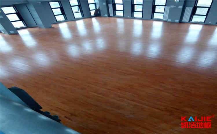 做个篮球场用nba地板