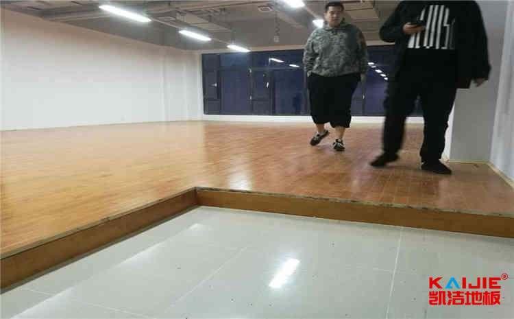拉萨篮球木地板厂家