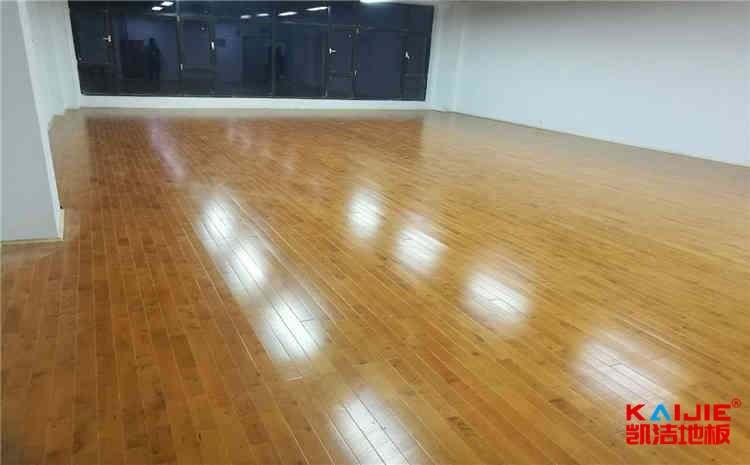 企口体育木地板厚度