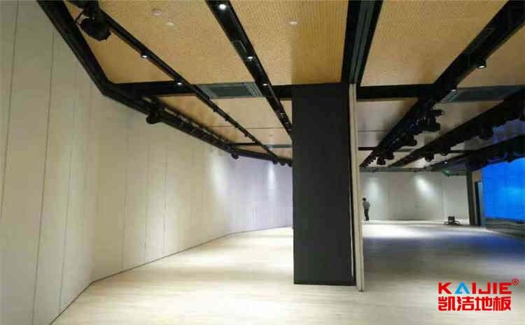 枫木体育场馆木地板是多少钱