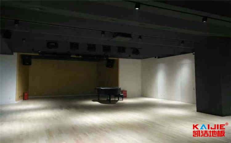 青海舞台木地板功能——体育馆木地板