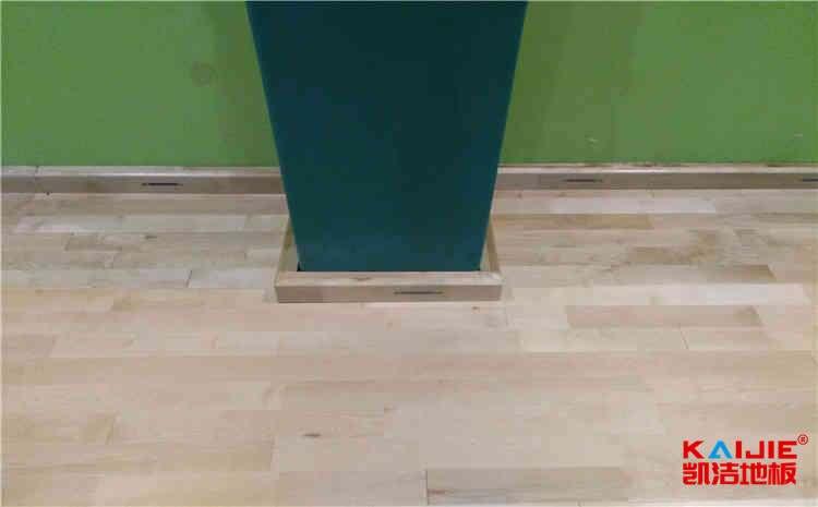 大型运动实木地板厂家直销