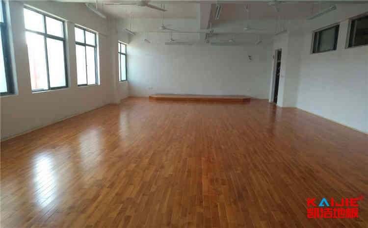 舞台木地板结构怎么安装
