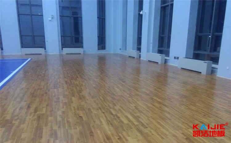 壁球木地板使用什么材质比较好——壁球馆专用地板