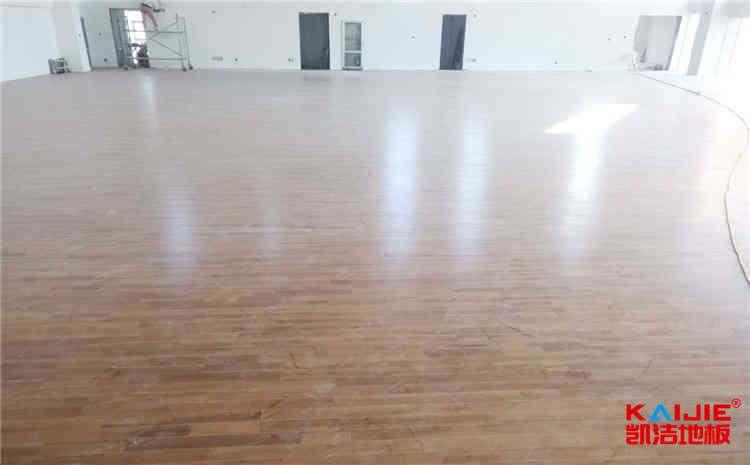 羽毛球馆木地板厂家哪家好——羽毛球木地板