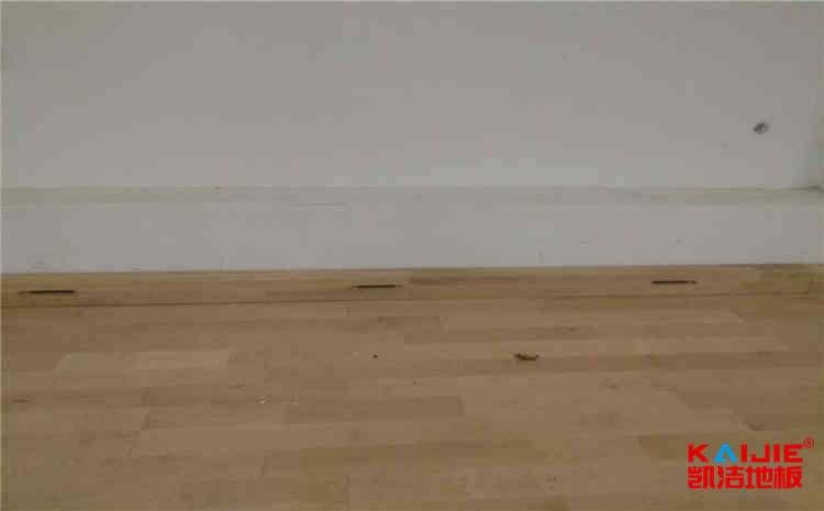 实木运动地板优点有哪些——篮球场木地板
