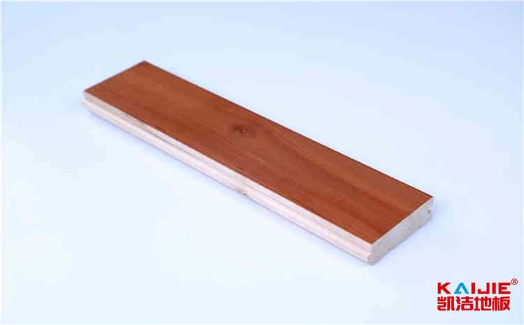 夏天格尔木羽毛球馆木地板保养需要注意什么——羽毛球馆地板