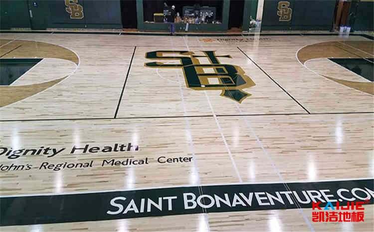 体育场木地板翻新